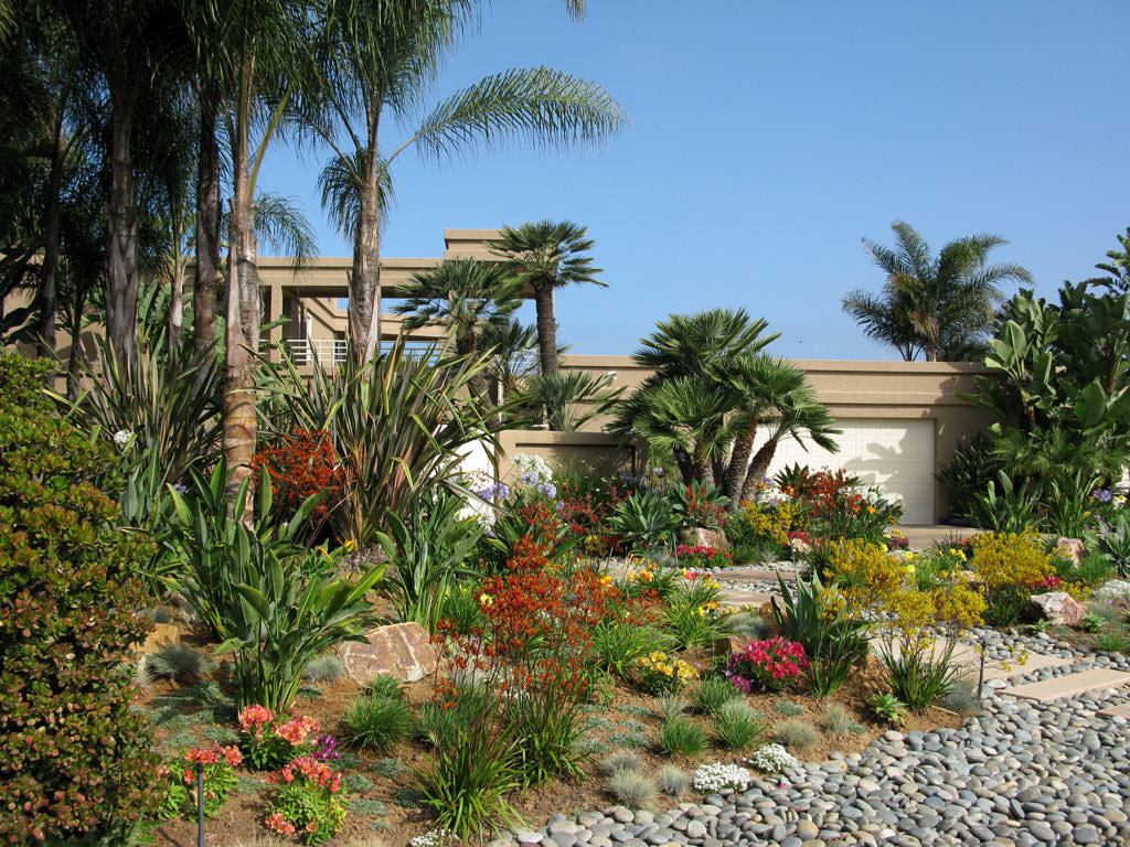 We specialize in creating tranquil, practical and functional outdoor living spaces.